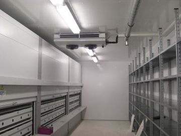 China Professional Container Cold Room With Refrigerators 1 Years Warranty distributor